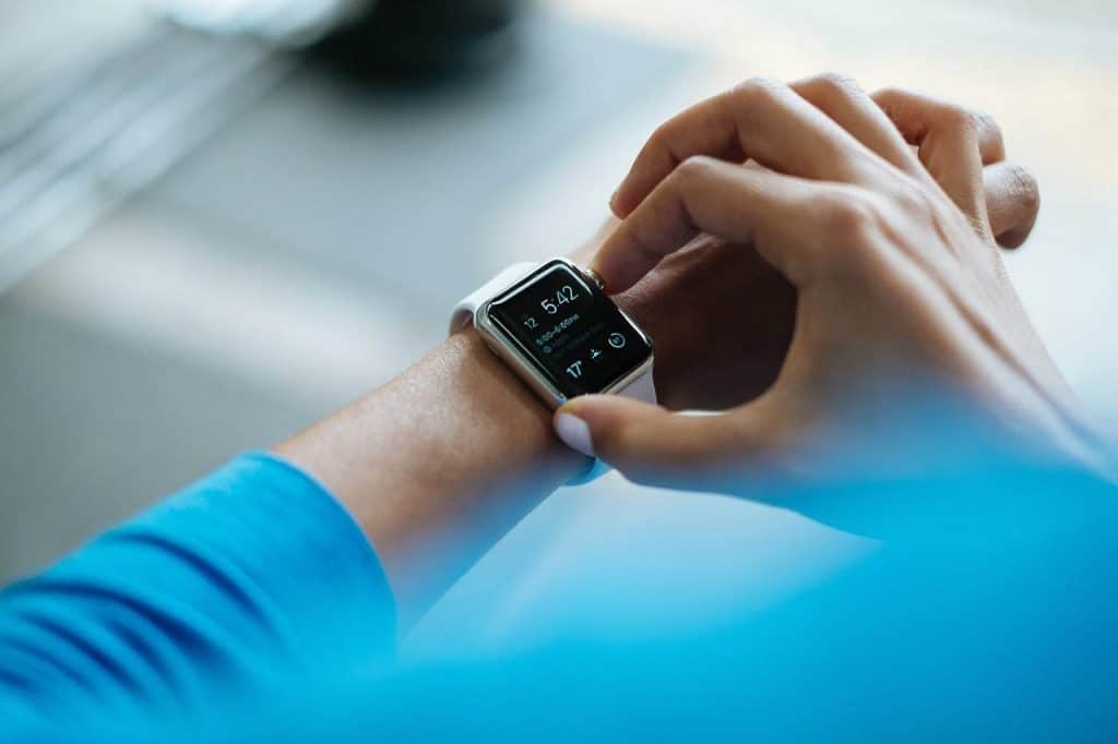 smartwatch radiation risks and protection